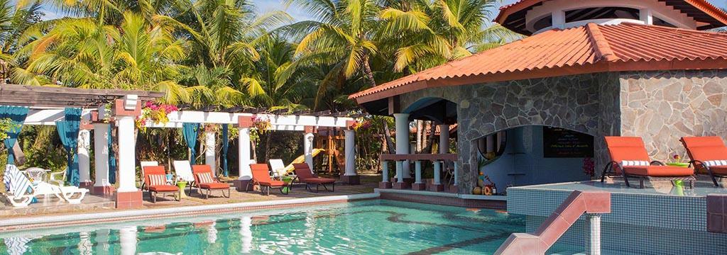 El Hotel Las Olas Beach Resort es el lugar perfecto para disfrutar de una escapada romántica o familiar de pura relajación.